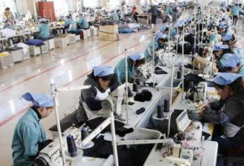 工場紹介|アパレルOEM生産の縫製工場|丸和繊維